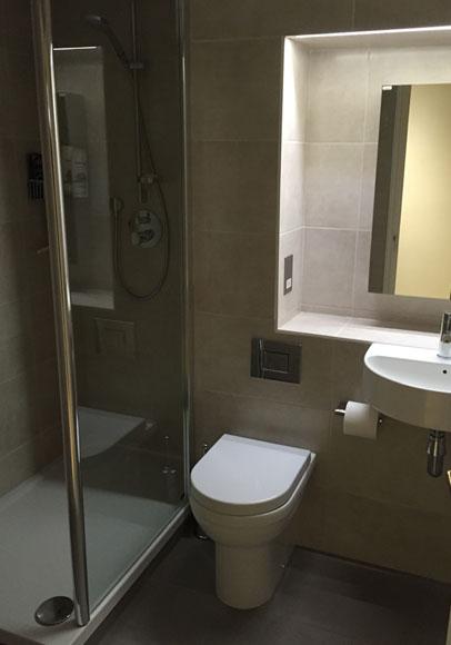 Downstairs Toilet En Siite